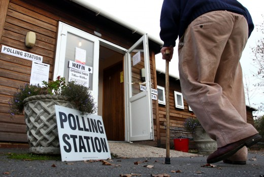 Conservatives lose 1300 Councillors in local elections