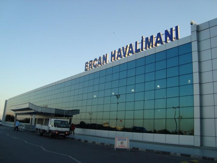Kıbrıs birçok ülkeden yolcuların girişi yasaklandı