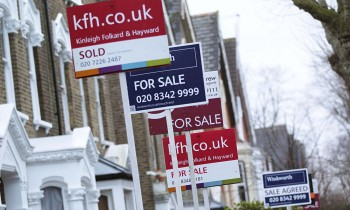 House prices in the South-East drop the lowest in 7 years