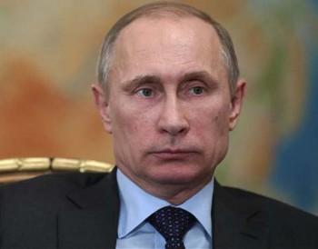 Rusya'ya İngiltere siyasetine müdahale suçlaması