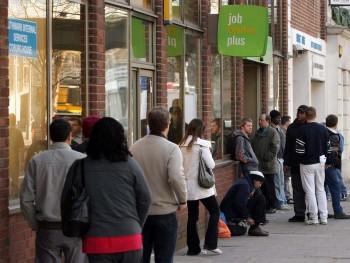 İngiltere'de işsizlik yüzde 3,9 seviyesini korumaya devam etti