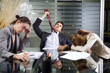 Salgın sebebiyle İngiltere'de ofislerin aylarca kapalı kalacağı öne sürülüyor