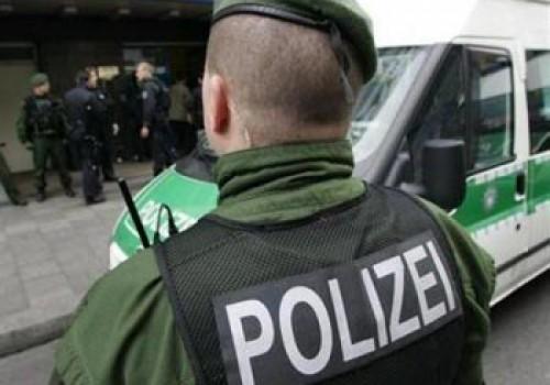 Almanya'da saldırı korkusu: şüpheli adam öldürüldü