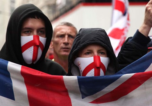 İngiltere'de en hızlı büyüyen tehdit aşırı sağ terörü