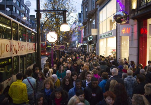 £1.86bn spent on last minute shopping