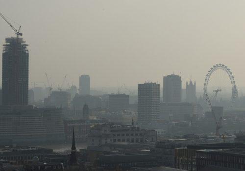 Londra'da artan zehirli havaya karşı dizel önlemi