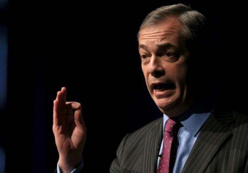Nigel Farage: İngiltere'nin sağcı Brexit Partisi'nin yeni odağı koronavirüs yasaklarıyla mücadele