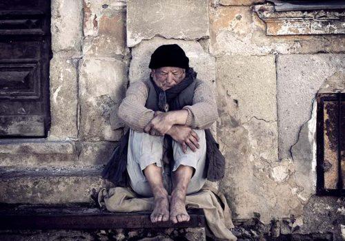 """İngiltere'de """"evsiz"""" ölümleri en yüksek seviyeye ulaştı"""