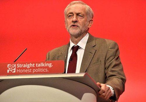 """İşçi Partisi lideri Corbyn'dan 'erken genel seçim' çağrısı: """"Bu çoğunluğun azınlığa karşı savaşı"""""""