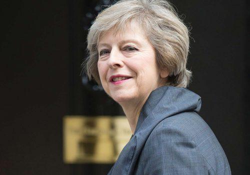 İngiltere Haziran'da erken seçime gidiyor