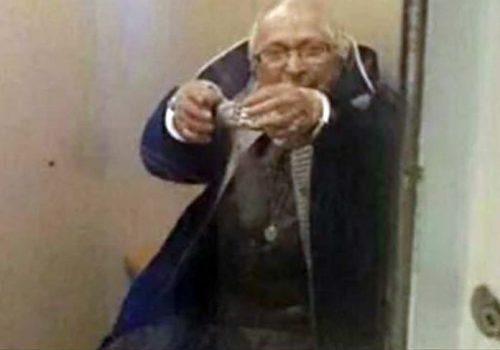 100 yaşında kelepçelendi!
