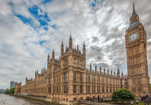 İngiliz milletvekili tecavüzle suçlanıyor