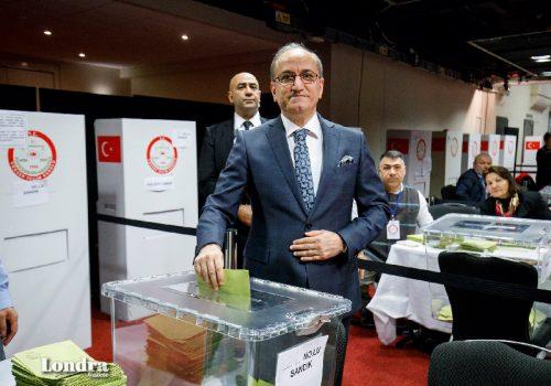 Londra eski Büyükelçisi Abdurrahman Bilgiç, Ali Babacan'ın partisinin kurucuları arasında