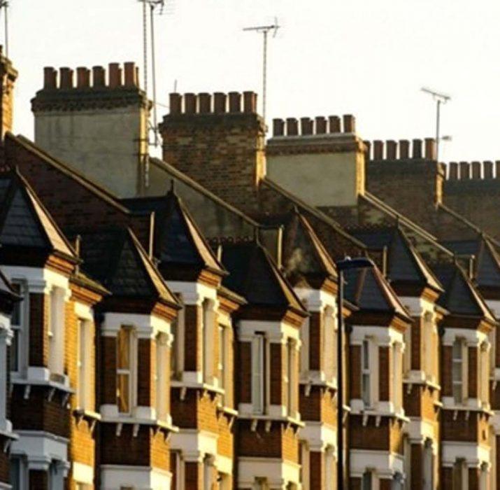 İngiltere'de konut fiyatları artış gösterdi
