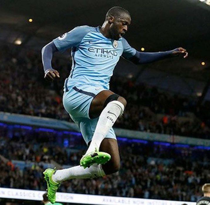 Yaya Toure, City ile devam kararı aldı