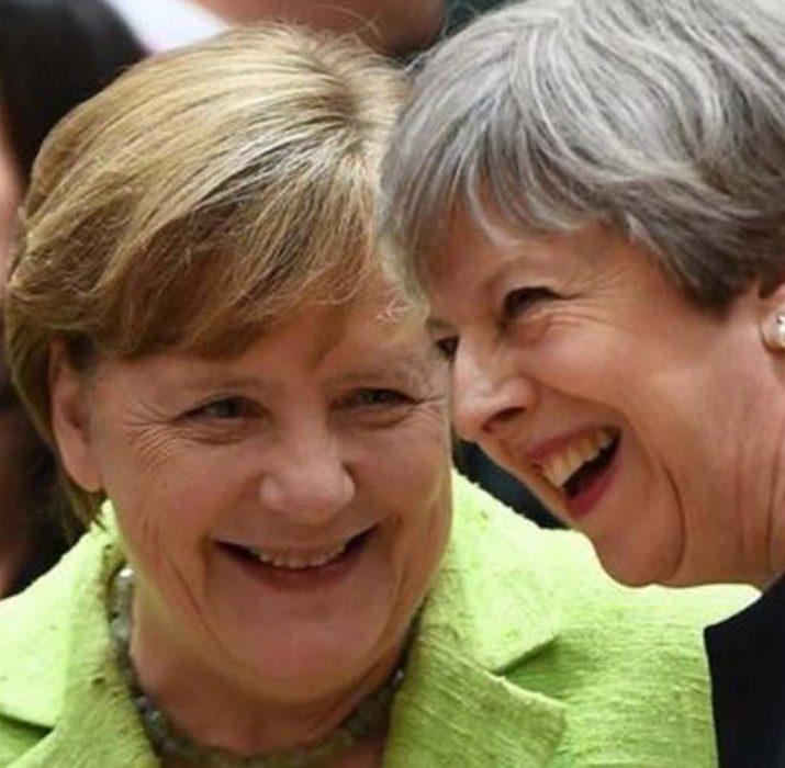 Merkel: İngiltere'nin AB vatandaşları önerisi Brexit müzakereleri için iyi bir başlangıç