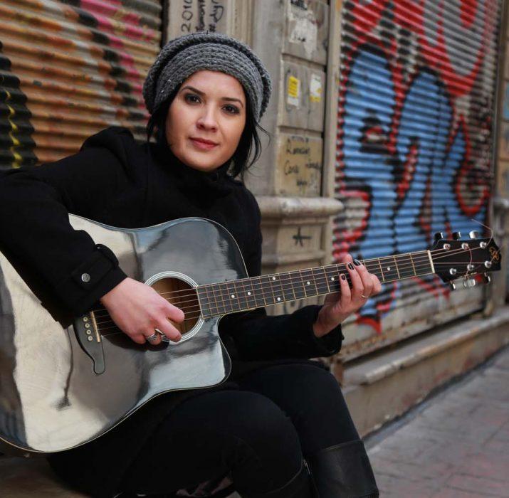 Canan Sağar yeni albümüyle Kalbim'ize dokunuyor