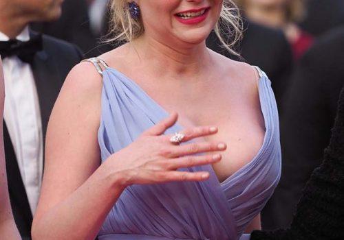 Kirsten Dunst damgasını vurdu