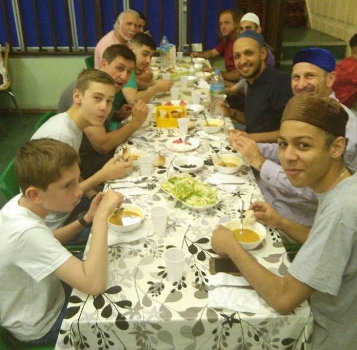 Peckham Cami'si iftarı gerçekleşti