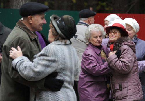 Yaşlılara dans tavsiyesi