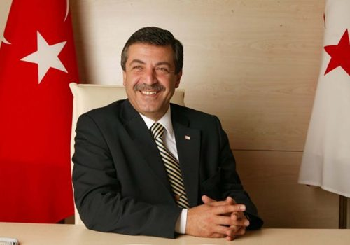 Ertuğruloğlu: Türkiye'ye bağlanmak da bir alternatif
