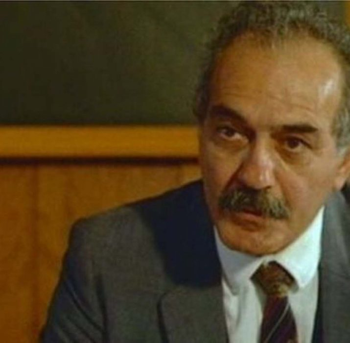 Tiyatro ve sinema oyuncusu Fikret Hakan yaşamını yitirdi