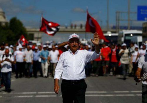Guardian: Darbe girişiminin yıl dönümüne 'Adalet Yürüyüşü' damga vurdu