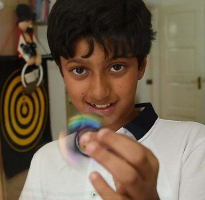 11 yaşındaki çocuk IQ testinde Einstein ve Hawking'i geçti