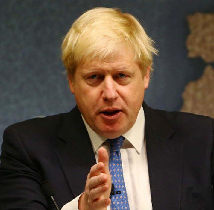 İngiltere'de Başbakan Johnson kısıtlamaların nasıl kaldırılacağını açıklayacak