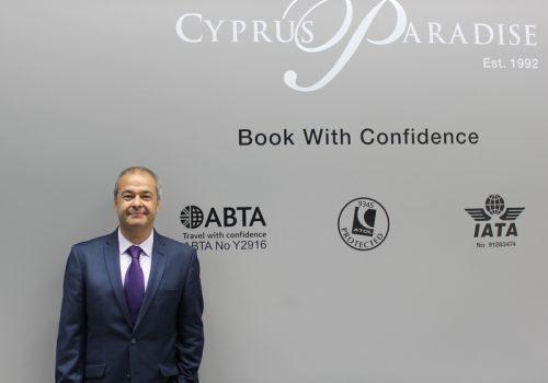 Cyprus Paradise turizm acentesi toplum sağlığı için salgına karşı ofisini kapattı