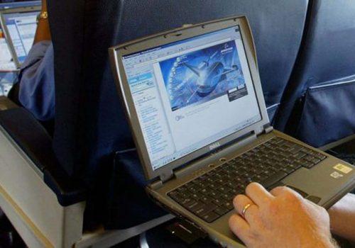 İngiltere, Türkiye'den uçuşlardaki elektronik cihaz yasağını kaldırıyor
