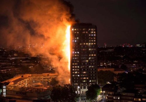 BBC araştırdı: Londra yangınında yanlış giden neydi?