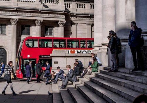 İngiltere'nin kamu borcu 58 yılın en yüksek seviyesine ulaştı
