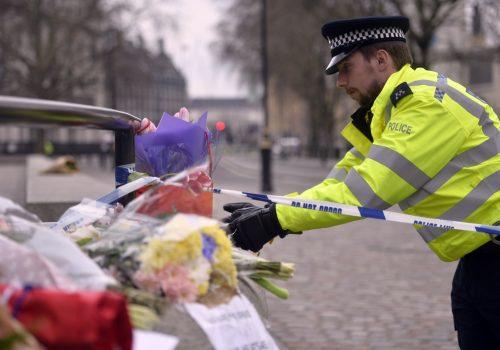 İngiltere'de 'terör bağlantılı' mahkumiyetler arttı