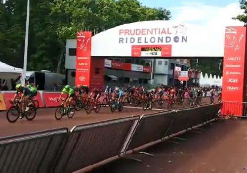 Londra Bisiklet Festivali'nde profesyoneller yarıştı