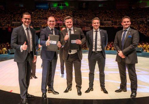 Qnet, Manchester City sponsorluğunu 3 yıl daha uzattı