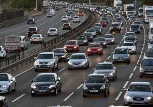 2040'dan itibaren dizel ve benzinli yeni araçlar yasaklanıyor
