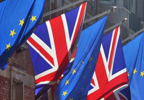 İngiltere'deki banka ve sigorta şirketlerine Brexit Planı çağrısı