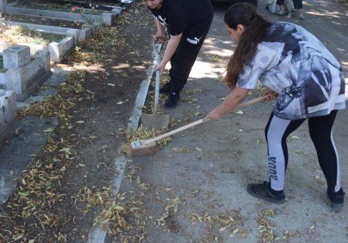Tottenham Park Mezarlığı gönüllü temizliğine davet