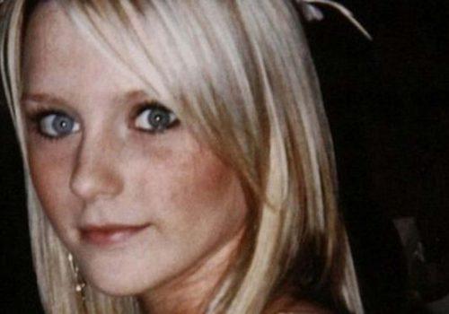 Öldürülen genç İngiliz modelin cesedine saldırılar