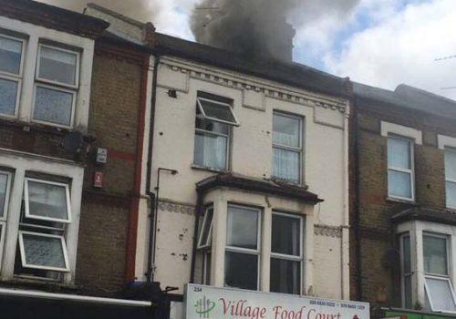 Walthamstow'da restoran yangını