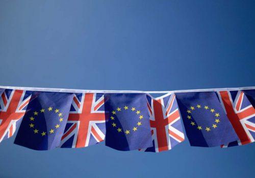 Londra Brexit sorularına net cevaplar hazırlıyor