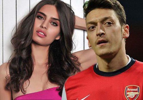 Amine Gülşe, 'Dünyanın En Güzel Futbolcu Eşleri' listesinde yer alan ilk Türk oldu