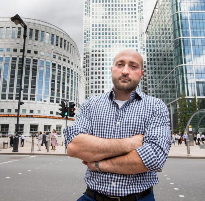 Canary Wharf Tesco'da 2 poundluk ürünü okutmayan adama şok yasak
