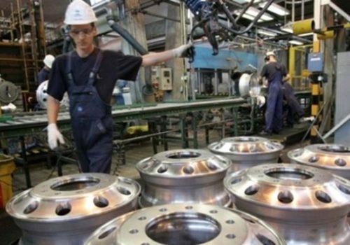 İngiltere'de imalat sektörü büyüdü