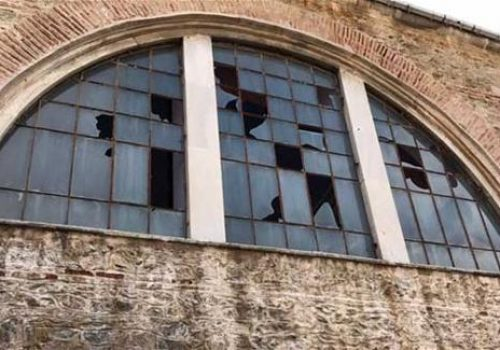Armenian church in Istanbul hit by storm awaits permission to get repaired