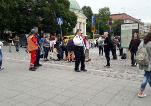 Finlandiya'da bıçaklı saldırı: ölen ve yaralananlar var