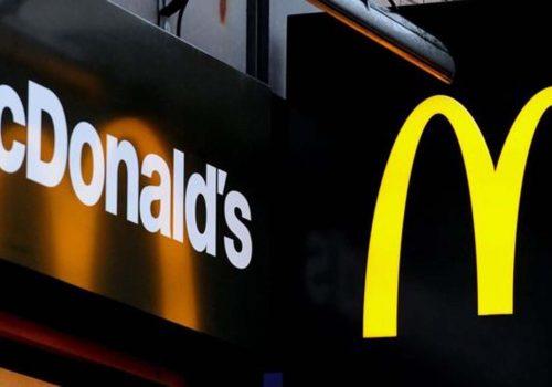 İngiltere'de McDonald's çalışanları ilk kez greve gitti