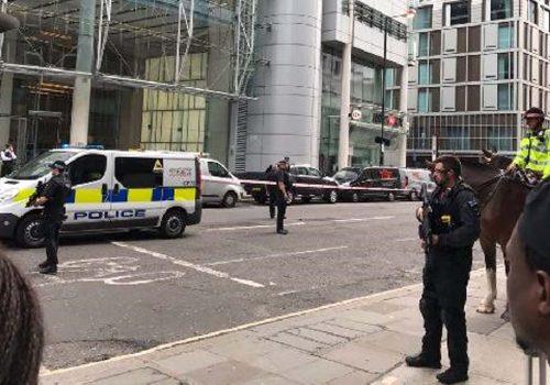 Liverpool Street bomba şüphesiyle boşaltıldı