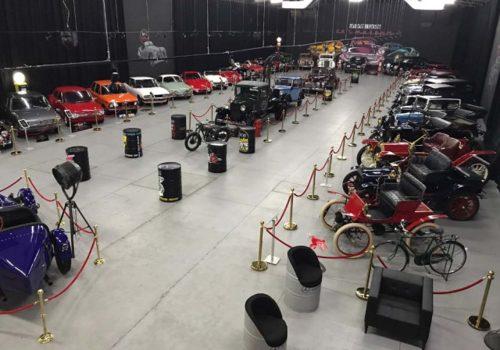 KKTC'de klasik araba müzesi